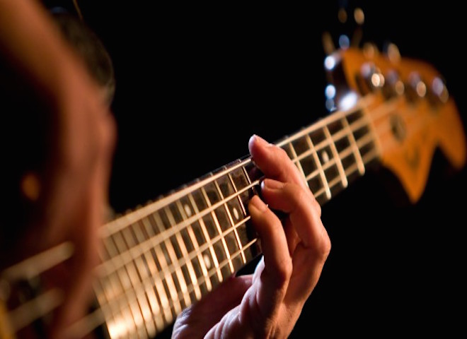 bass_guitar_music_rock_playing_gig_instrument_4